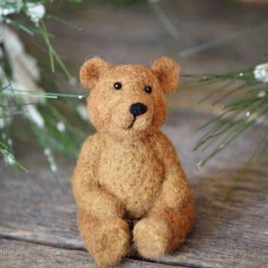 Bear Needle Felting Kit